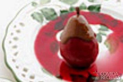 Receita de Pera ao vinho tinto - Comida e Receitas
