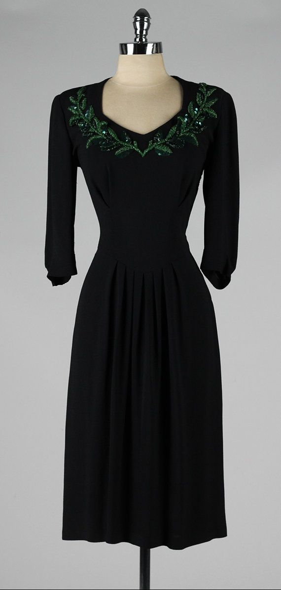 vintage 1940s dress black rayon crepe green beaded