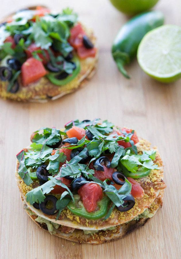 Vegan Mini Mexican Pizzas | Delicious things | Pinterest