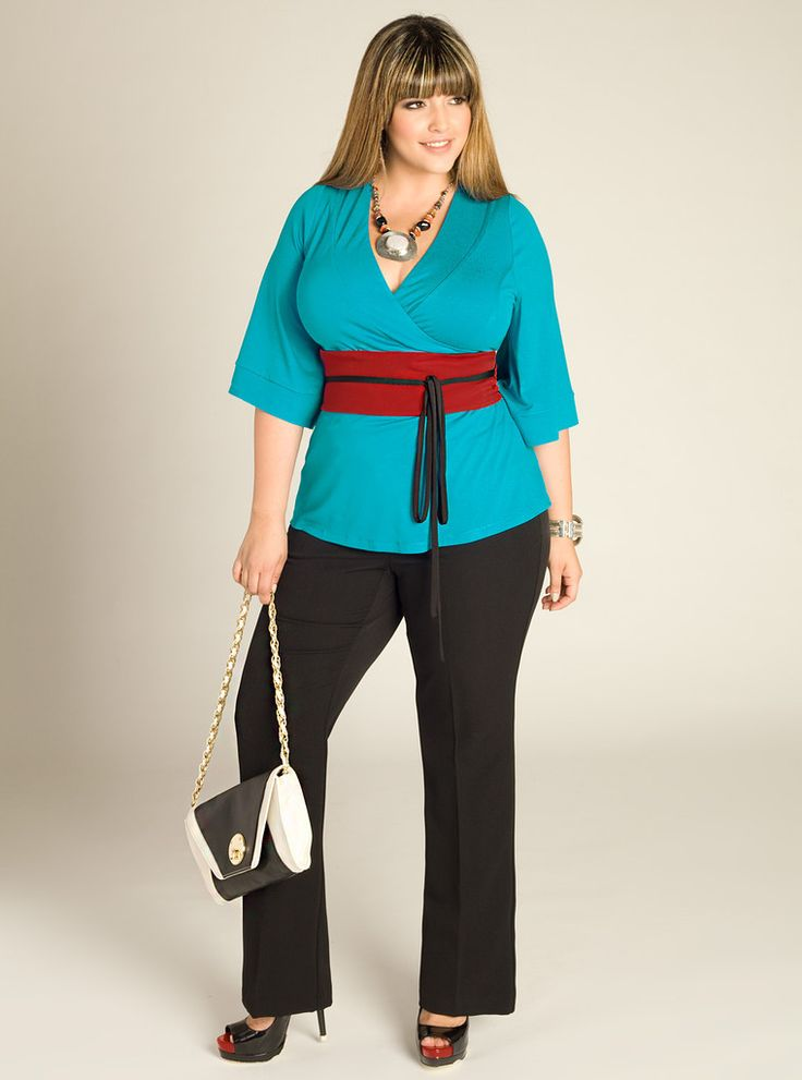 Plus Size Fashion - I don't think I could get away with that belt but otherwise I love it.