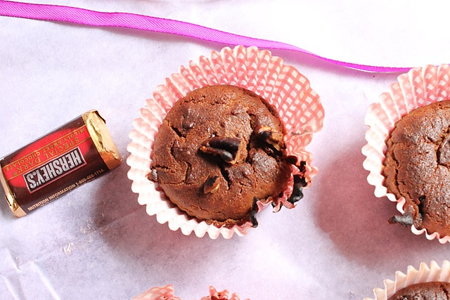 Super Moist Low Fat Chocolate Cupcakes With Chocolate Glaze Recipes ...