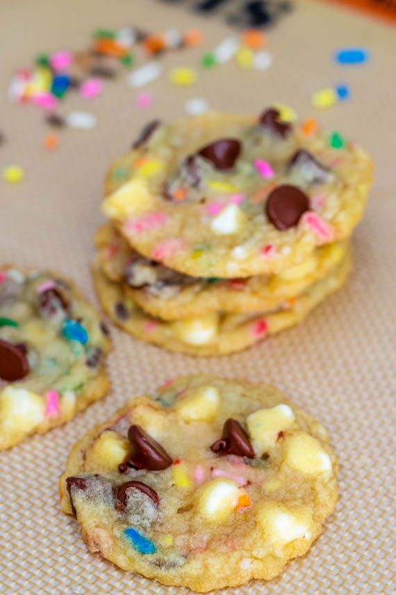 Cake Batter Chocolate Chip Cookies. These look like trouble!