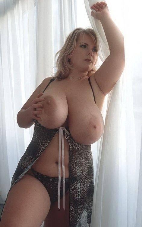 фото женщины голые на даче