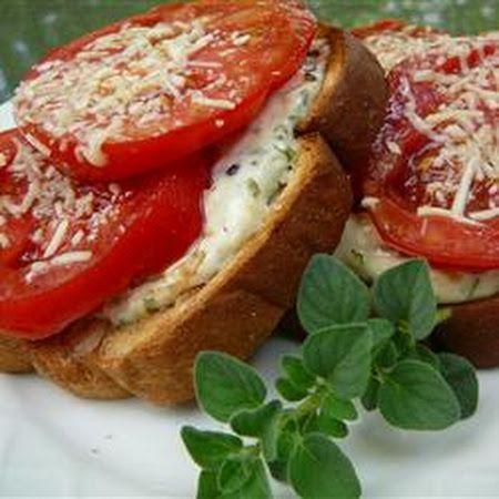 Mama's Best Broiled Tomato Sandwich! It's so good! #sandwich #tomatoe...