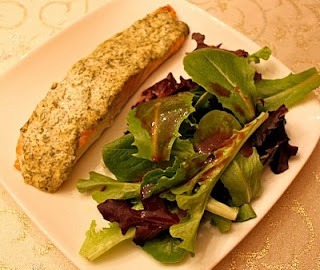 Salmon with herbed yogurt | Recipes to Try | Pinterest