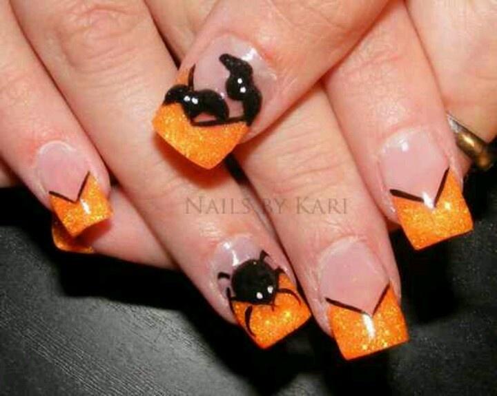 Orange tip with bat design, halloween | nail designs | Pinterest