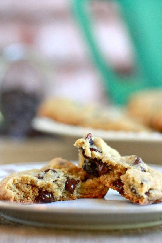 chocolate cherry chunk cookies | bake | cakes and cookies | Pinterest