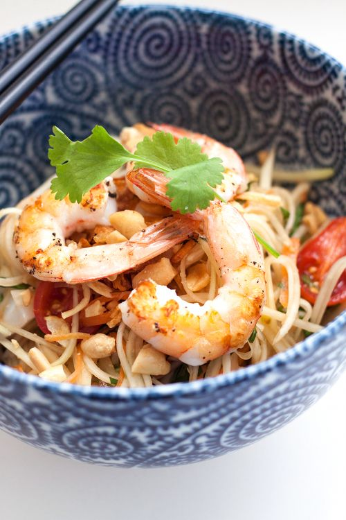 Green Papaya Salad (Som Tam) with Grilled Squid and Shrimp