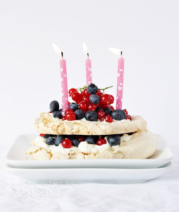 Pavlova with Summer Berries http://www.anjasfood4thought.com/2012/07 ...