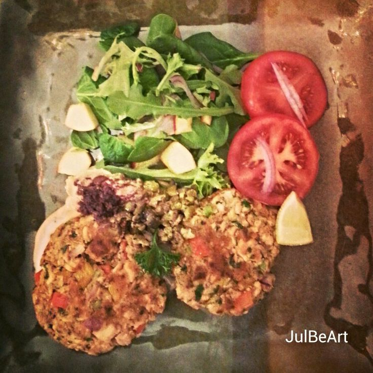 Salmon burgers with organic salad, olive tapenade and homemade dill ...