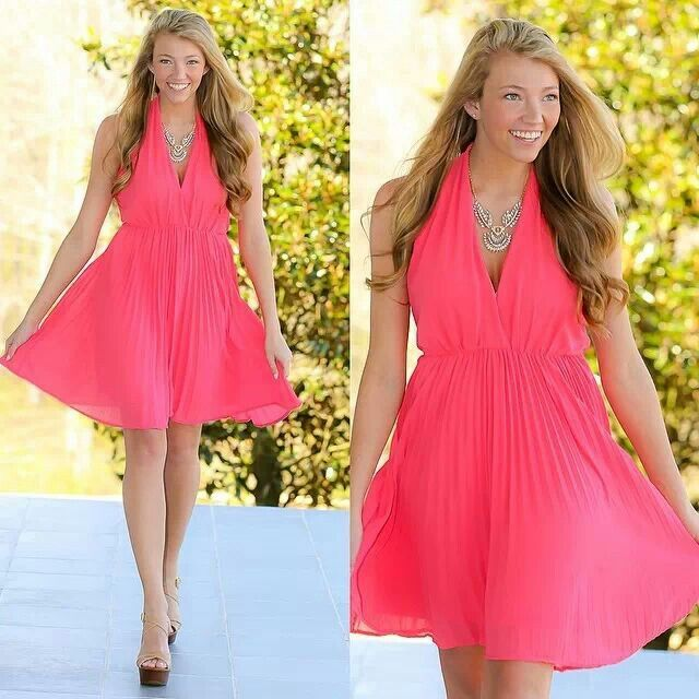 Modern marilyn dress in coral