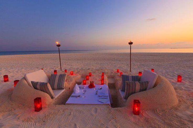 Romantic Beach Scene Your Destination Wedding And