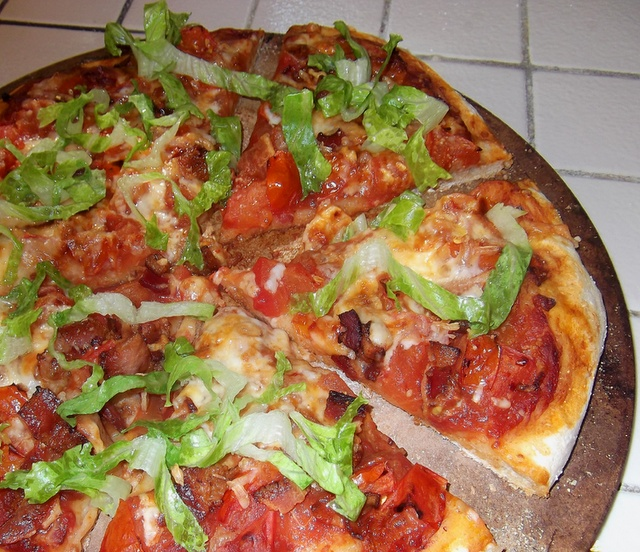 Bacon, Tomato and Arugula Pizza | Lunch/Dinner recipes | Pinterest
