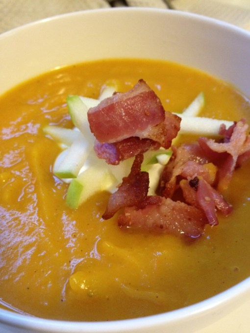 Butternut Squash & Apple Soup | foodie | Pinterest