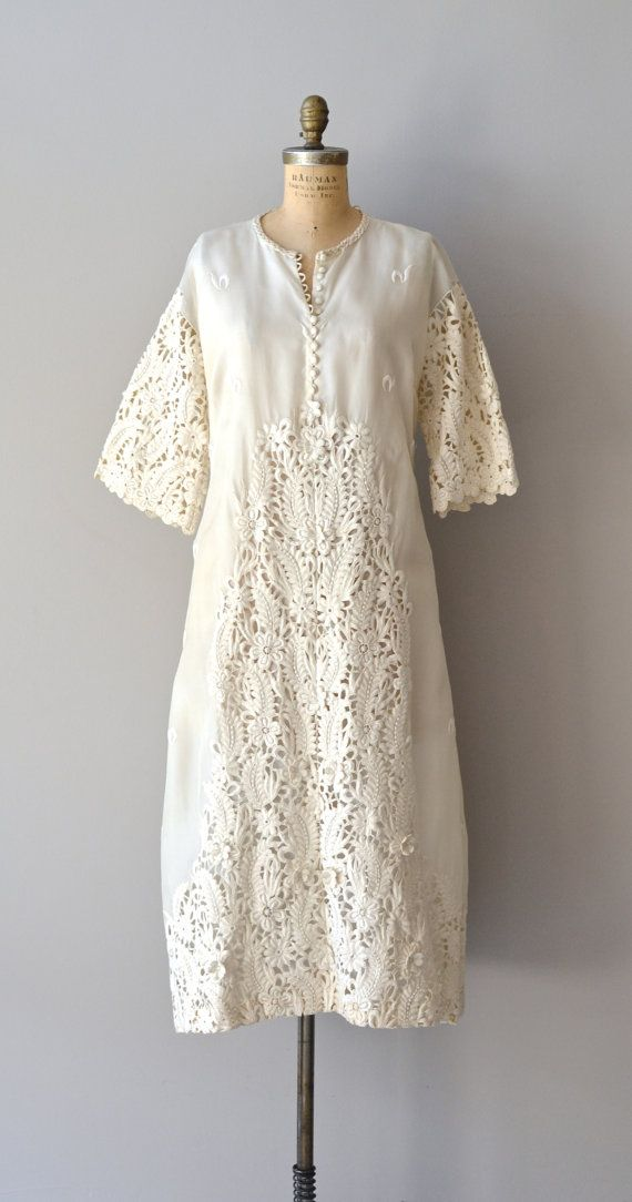Vintage 1960s wedding dress lace 60s dress daybreak gown for Vintage wedding dress 60s