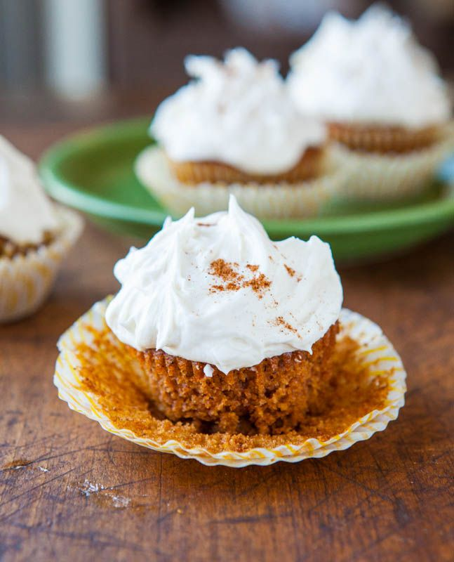 Pumpkin Spice Cupcakes with Marshmallow Buttercream Frosting | Recipe