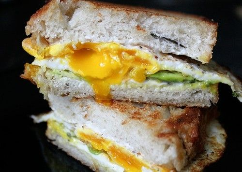 Egg and avocado sandwich | Food and Drinks | Pinterest