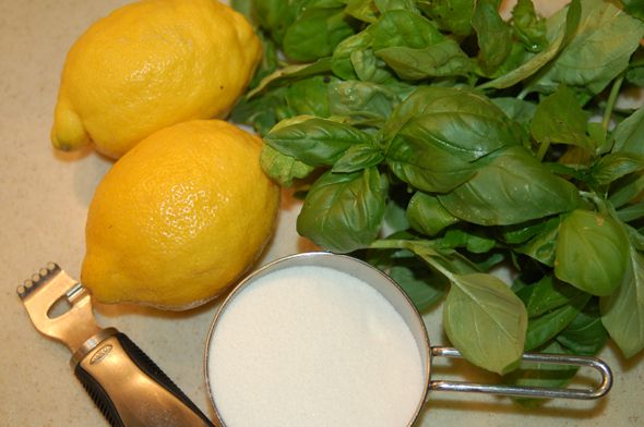 better basil lemonade recipe | Oh my sweet little bun! | Pinterest