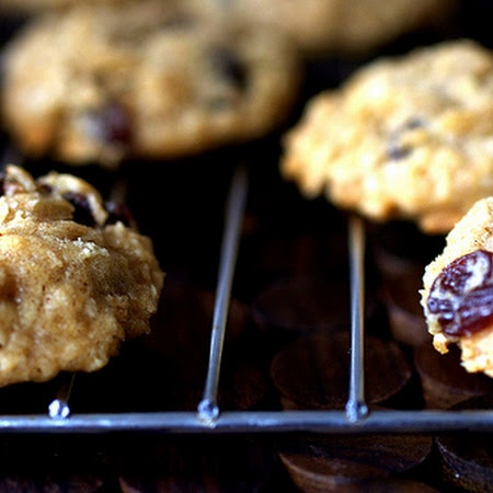 Thick, Chewy Oatmeal Raisin Cookies Recipe | Key Ingredient