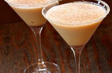 Pumpkin-Eggnog Martini — Punchfork | Recipes | Pinterest