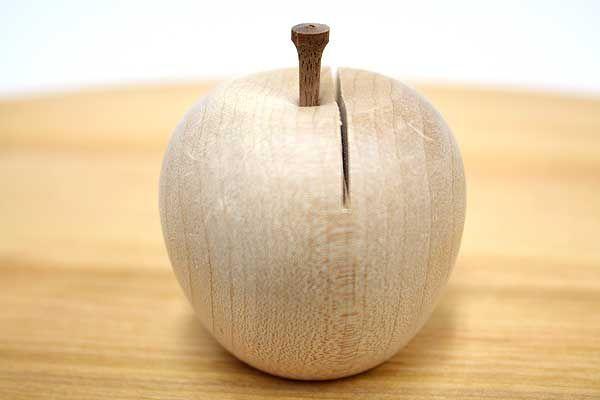 リンゴのカードホルダー