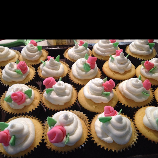 girl baby shower cupcakes baby pinterest