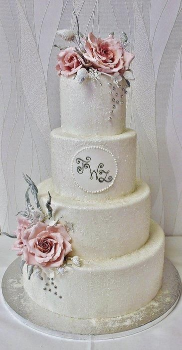 Frosted winter wedding cake