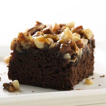 Nut Upside Down Cake caramelized pecans, walnuts & macadamia nuts go ...