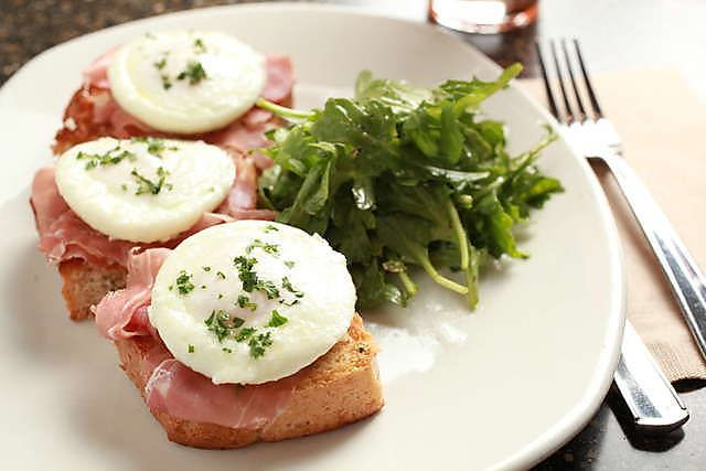 Prosciutto and Poached Eggs | Recipes | Pinterest