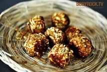 Power Balls with oats,honey,coconut oil,almond meal,carrots and walnuts