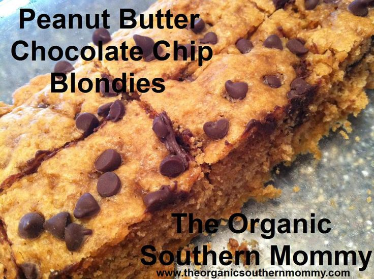 Peanut Butter Chocolate Chip Blondies | Foods to make | Pinterest