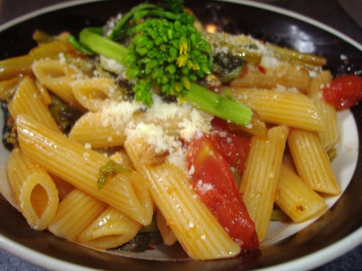 Broccoli Rabe with Pasta and Sun Dried Tomatoes
