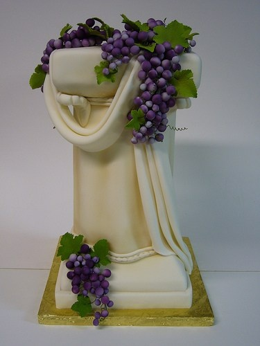Roman Column Cake...interesting idea Cakes Pinterest