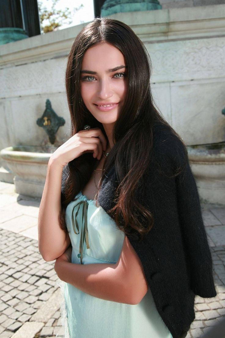 Beautiful turkish women photos
