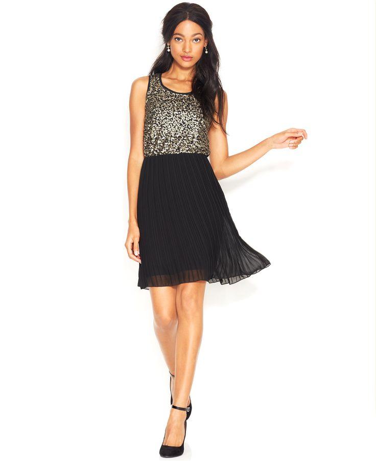 Sleeveless Sequined Pleated Dress