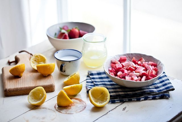 Rhubarb lemonade | ~Drink~ | Pinterest