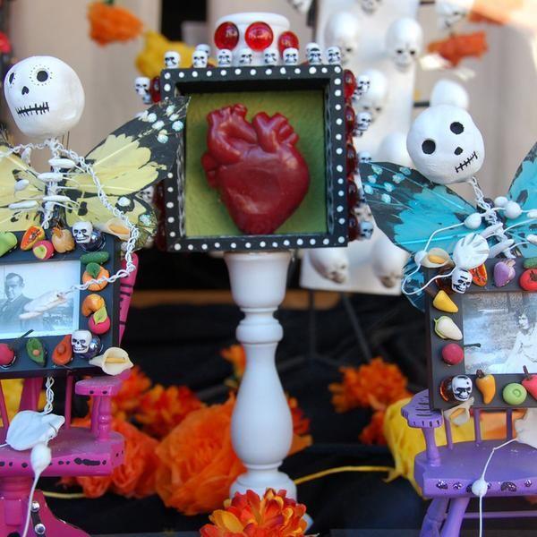 Creepy and awesome, Día de los Muertos.