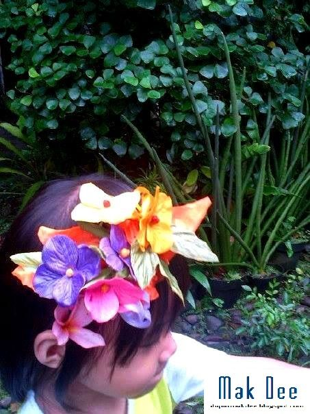 flowerly head band - from used gift deco and old headband