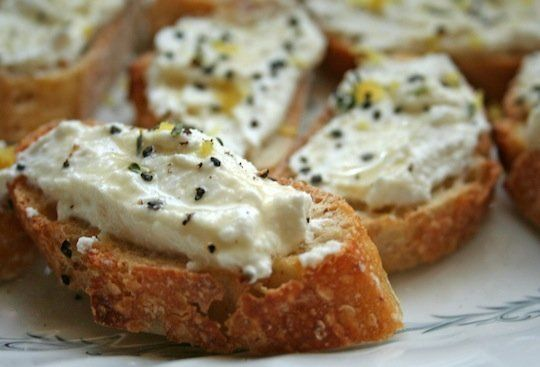 Last-Minute Appetizer: Lemon-Thyme Bruschetta   The Kitchn