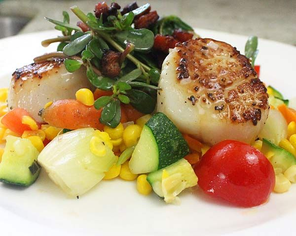 Seared Scallops With Carambola Sauce, Parsnip And ...