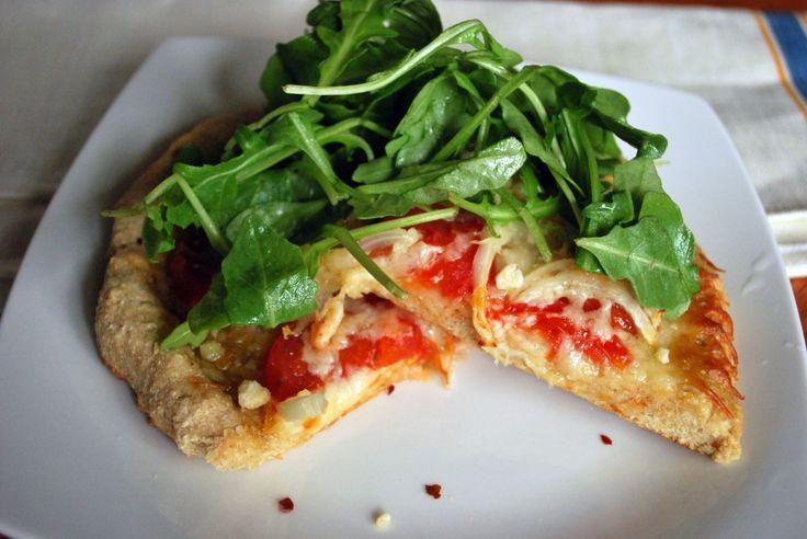 Tomato, Onion, and Arugula Pizza