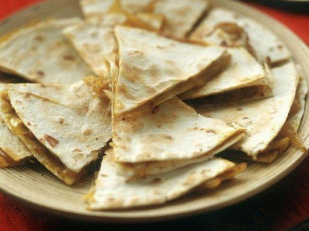 Healthy Chicken Quesadillas - we substituted in corn tortillas instead ...