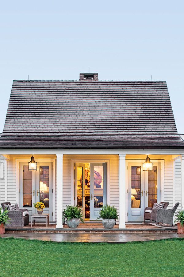 The Genteel Cottage - The Art of Living Small - Southernliving. Location: Orange, VirginiaSize: 1200 square feetDesigner: Sam