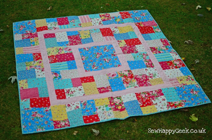 Easy Quilt Patterns With Layer Cakes : Square It Up: An Easy Layer Cake Quilt Pattern PDF