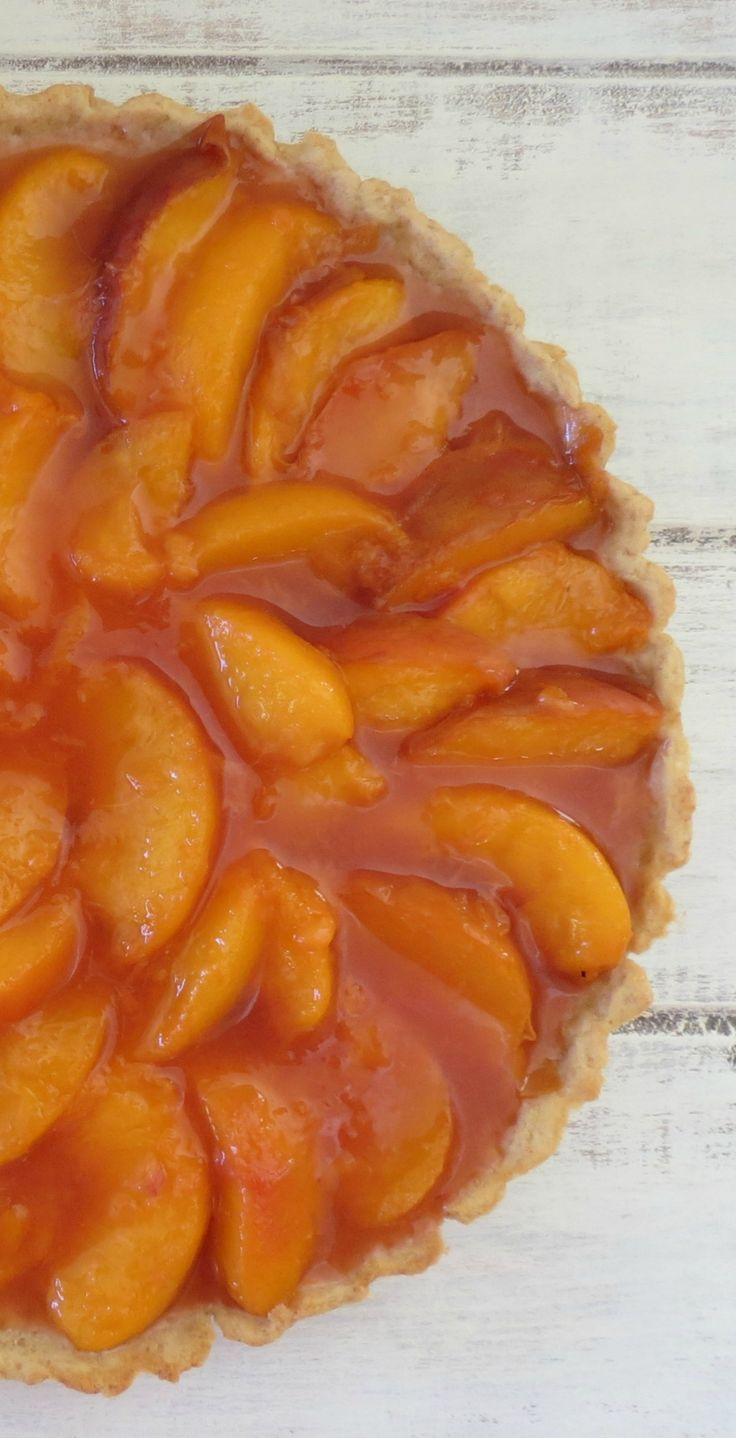 Peach Tart - A light, flaky buttery crust filled with fresh, sweet ...