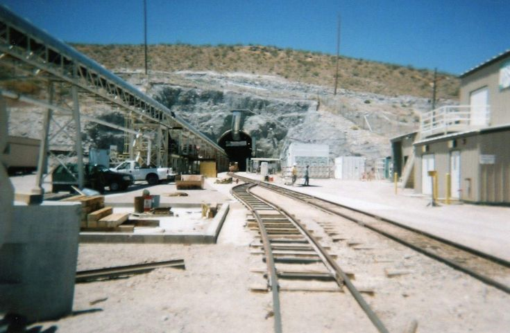 yucca mountain project On august 13, 2013, the us court of appeals for the district of columbia circuit ruled 2-1 that the obama administration must resume consideration of yucca mountain as a repository for the nation's nuclear waste.