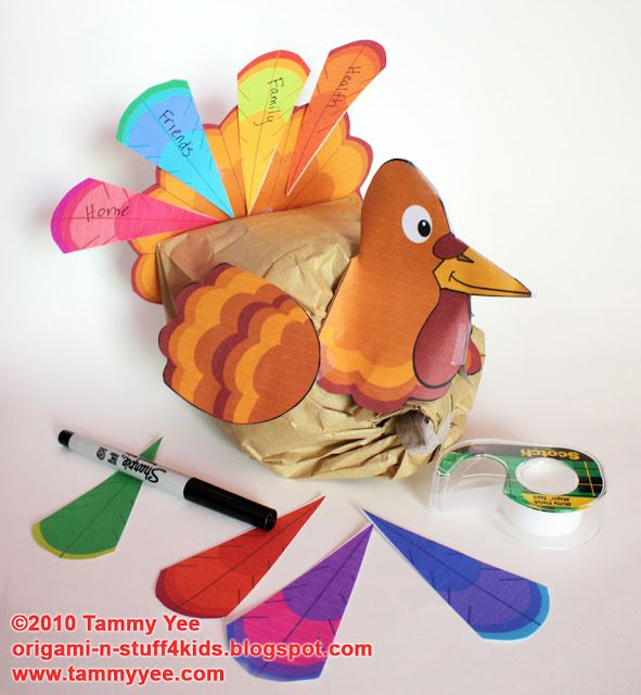 "FREE printable DIY turkey paper bag toppers // Origami n' Stuff 4 Kids: Thanksgiving: ""Giving Thanks"" Paper Bag Turkey Craft"