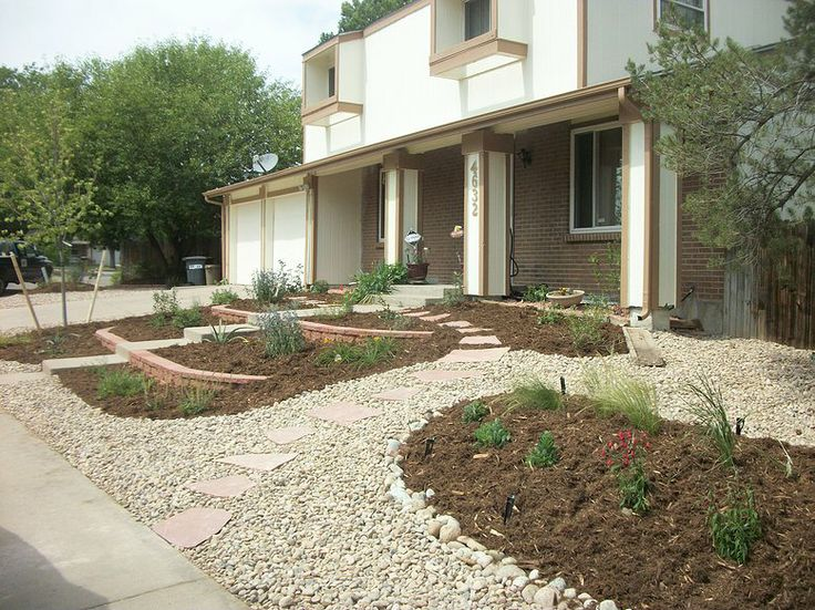 Xeriscaped Backyard Design : xeriscaped front yard  Xeriscape & arid landscaping  Pinterest