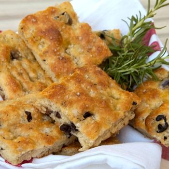 Italian Focaccia Bread With Olive Oil, Rosemary And Garlic Recipes ...