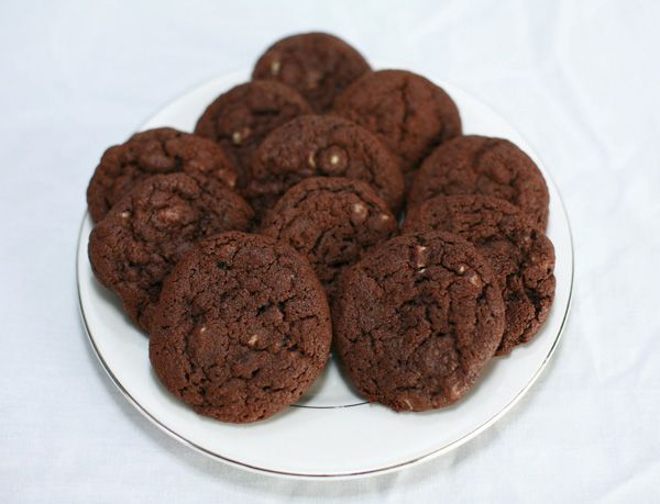 Chewy Chocolate Mint Chip Cookie Recipe | Celebration Generation: Food ...